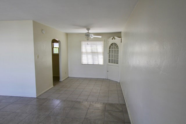 Large 2 Bedroom Apartments - 4 blocks to University of ...