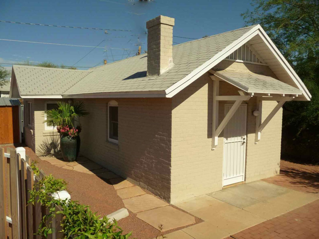 Private 1 Bedroom House For Rent Near University Of Arizona